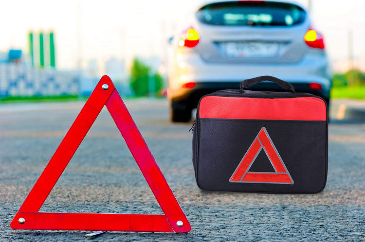 Safety-Festive-season-2-Road-Side-Emergency