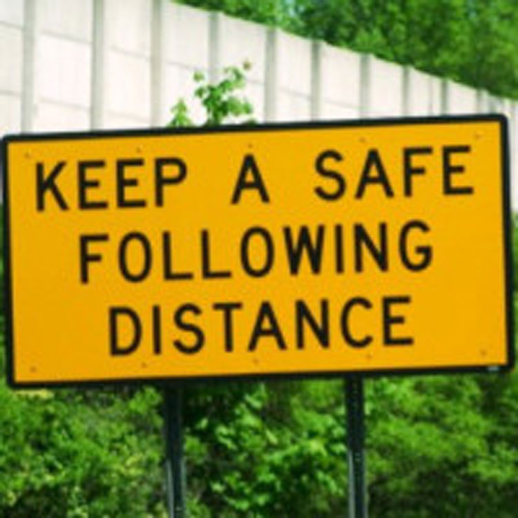 Safety-Festive-season-4---Safe-Following-Distance