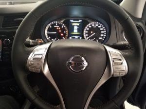 Nissan Navara Stealth - Steering