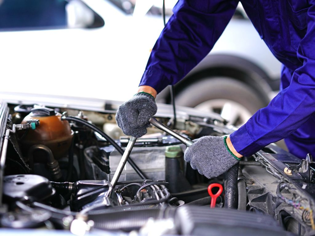 Vehicle repairs for fuel light on